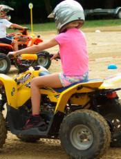 Choisir un quad thermique pour son enfant