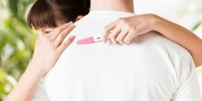 Comment annoncer à votre mari que vous êtes enceinte ?